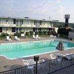 фото Econo Lodge & Suites 228109215