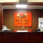фото Econo Lodge Inn & Suites Warren 228109495