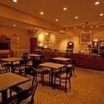 фото Econo Lodge Inn & Suites Douglasville 228112481