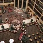 фото Embassy Suites Cleveland-Rockside 228131154