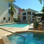 фото Hampton Inn & Suites Bayside Venice 228243655