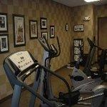 фото Hampton Inn and Suites Spring Lake 228261408