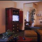 фото Hawthorn Suites by Wyndham Sacramento 228271267