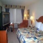 фото Hilton Garden Inn Rancho Cucamonga 228286071