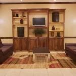 фото Holiday Inn Express Hotel & Suites Winnie 228324909
