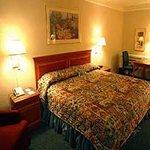 фото La Quinta Inn & Suites Birmingham Homewood 228606842