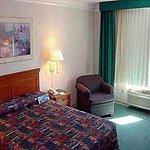 фото La Quinta Inn & Suites Seattle Bellevue / Kirkland 228607303