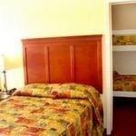 фото Marina Inn and Suites-Airport-Gaslamp-Zoo 228691543