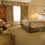 фото Mayflower Park Hotel 228705826