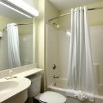 фото Microtel Inn & Suites Leesburg Hotel 228732099