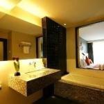 фото Page 10 Hotel & Restaurant 228808734
