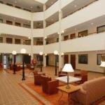 фото Quality Suites Hotel - Lansing 228901480