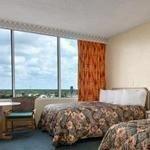 фото Ramada Gateway Hotel Kissimmee 228918105