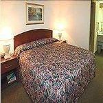 фото Shilo Inn & Suites Tacoma 229044417