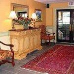 фото The Stowe Inn and Tavern 229092361
