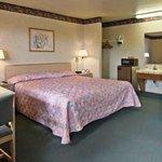 фото Howard Johnson Express Inn Santa Clara 229092668