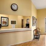 фото Super 8 Hotel Marion 229115030