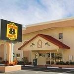 фото Roomba Inn & Suites - Daytona Beach 229123891