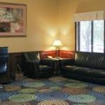 фото Holiday Inn Express Warrensburg 320710368