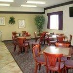 фото Days Inn Colorado Springs Airport 362529100