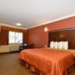 фото Rodeway Inn & Suites Corona 362537409