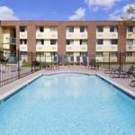 фото Days Inn Houston - Intercontinental North 363841945