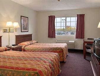 фото Super 8 Motel - Riverside/Kansas City Area 370147744