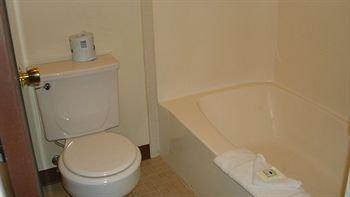 фото Rodeway Inn 370198277
