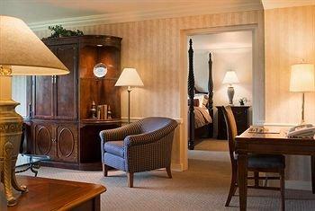 фото Glen Cove Mansion Hotel 370236078