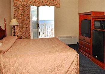 фото Comfort Suites Lakeside 370567600