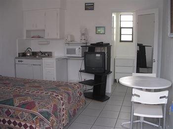 фото Silver Spray Motel 370605556
