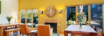 фото Cypress Inn on Miramar Beach 370718265