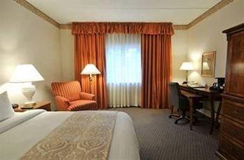 фото Quail Hollow Resort 370811891