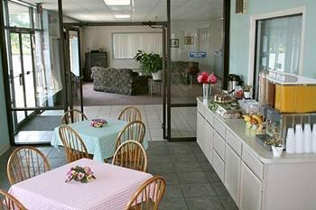 фото Atlantic Inn 370953497