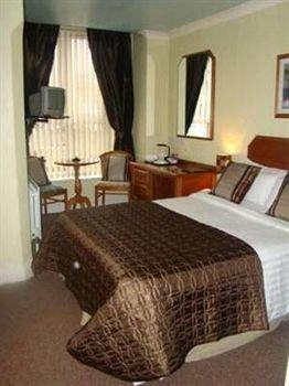 фото Abbey Hotel 371060674