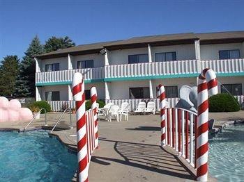 фото Carousel Inn & Suites 371089724