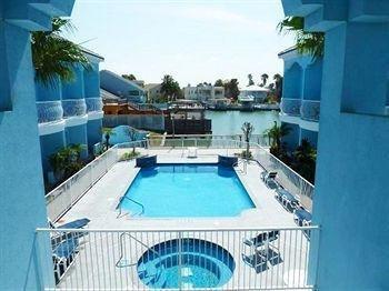 фото Casa Bella Hotel And Suites 371097294