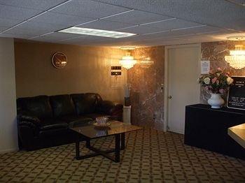 фото Huntington Inn 371261394