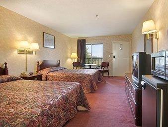фото Super 8 Motel Decatur Priceville 371287767