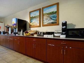 фото Microtel Inn And Suites Lillington Nc 371373541