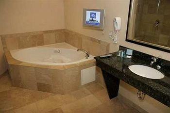 фото Hampton Inn & Suites Chino Hills 371460332