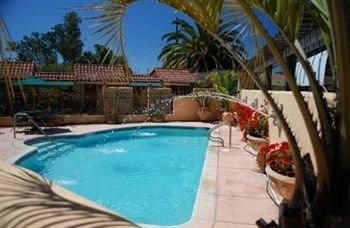 фото Vineyard Inn Hotel 371564953