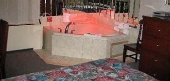 фото Edgewood Motel 371615446