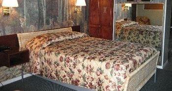 фото Edgewood Motel 371615493