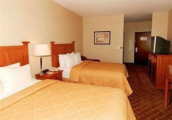 фото Comfort Inn & Suites 371835873