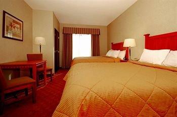 фото Comfort Inn & Suites 371835924