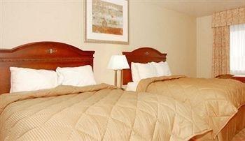 фото Comfort Inn Newport 371844534