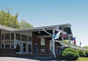 фото Rodeway Inn 371905263