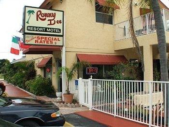 фото Ronny Dee Resort Motel 372080686