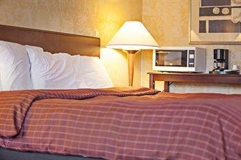 фото Americas Best Value Inn & Suites Dover 372091981